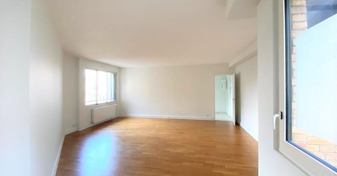 Appartement à louer : Paris-16 . 84 m² . 2 pièces