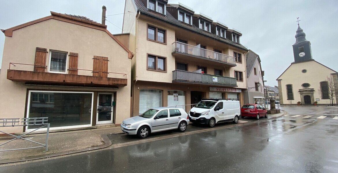 Local Commercial à vendre : Diemeringen . 76 m² . 4 pièces