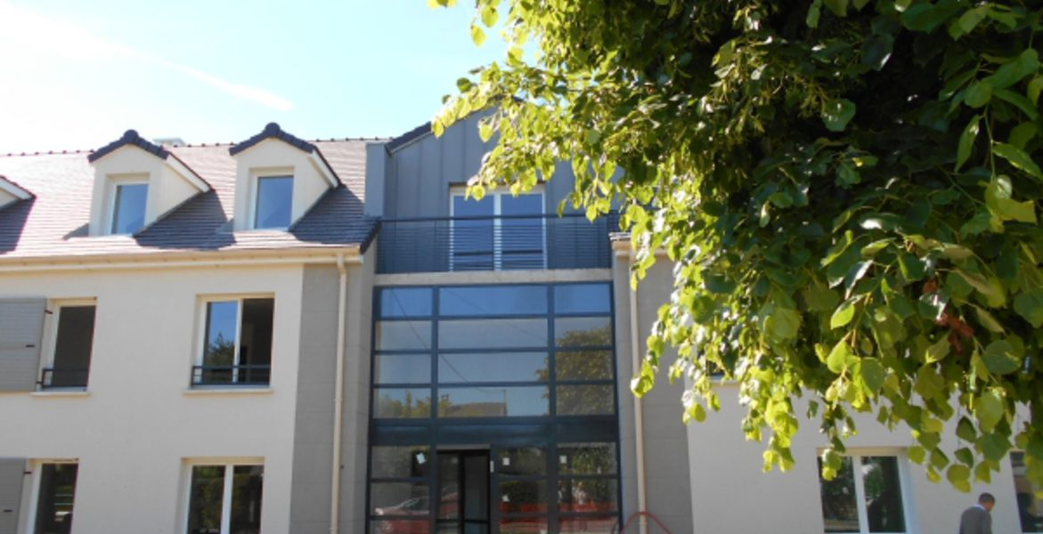 Appartement à vendre : Moissy-cramayel . 65 m² . 3 pièces