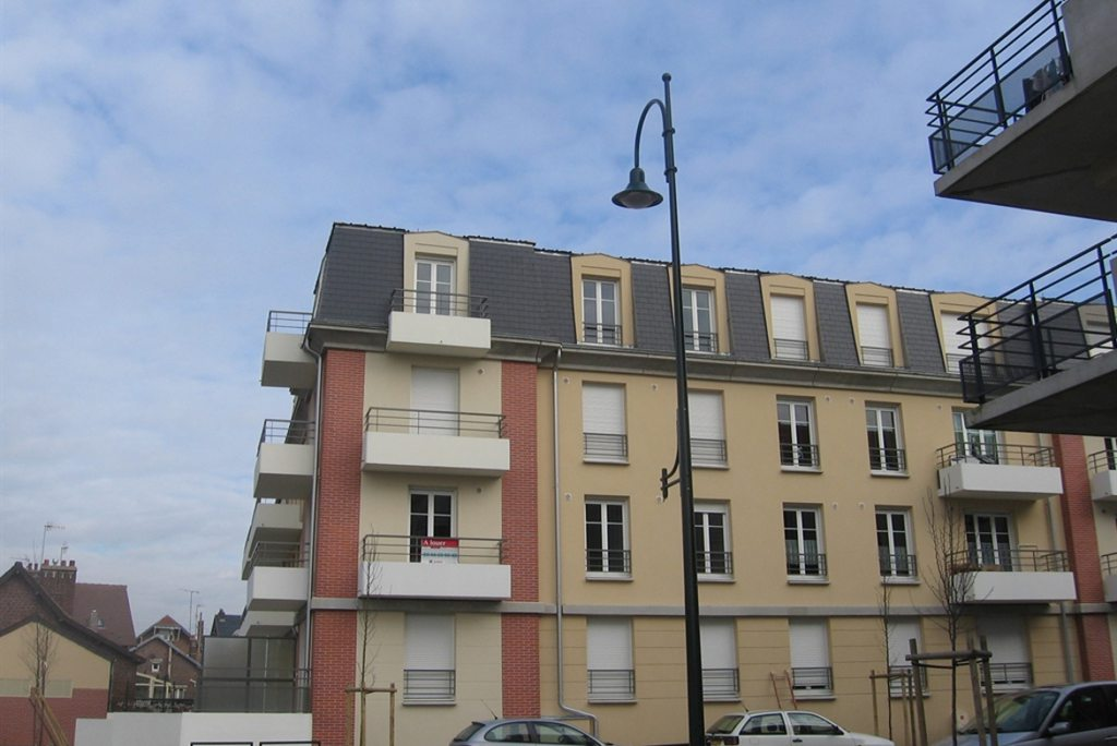- MARGNY LES COMPIEGNE