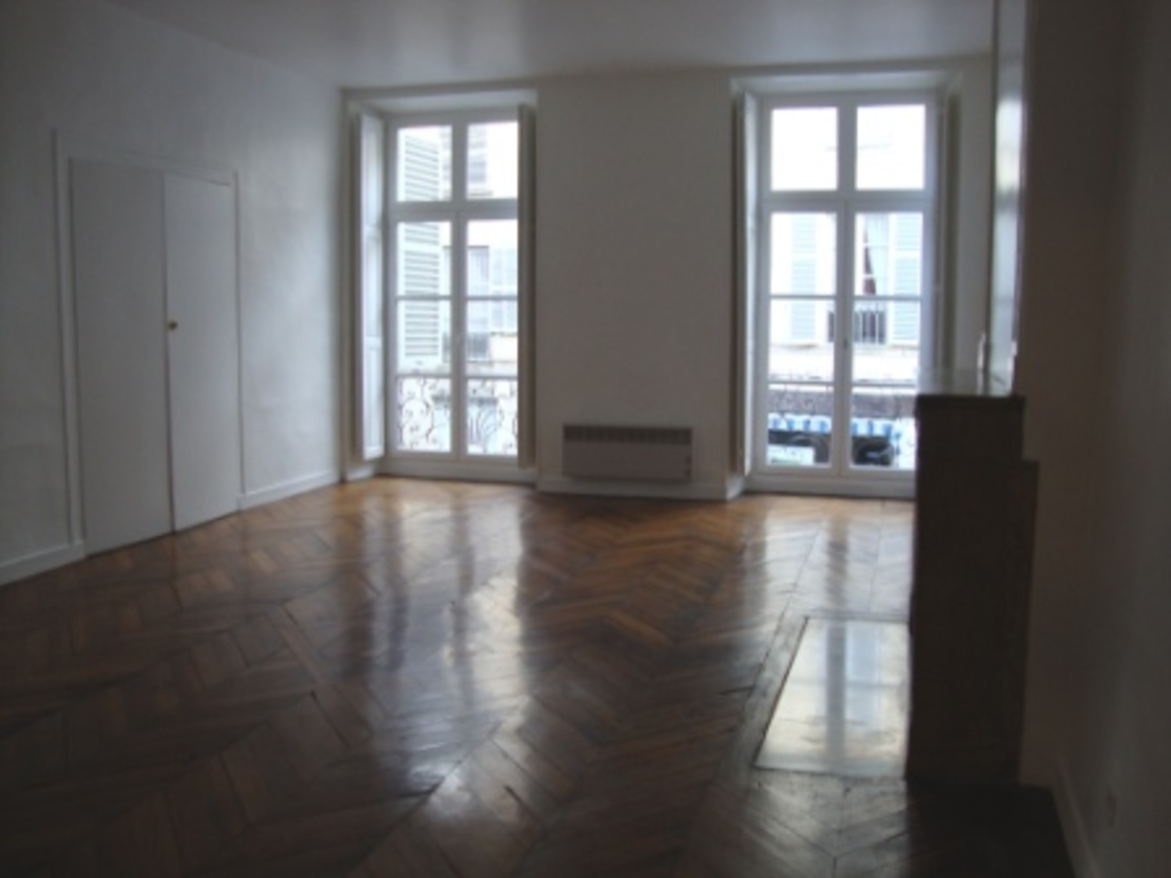 Appartement 1pcs 63500 ISSOIRE